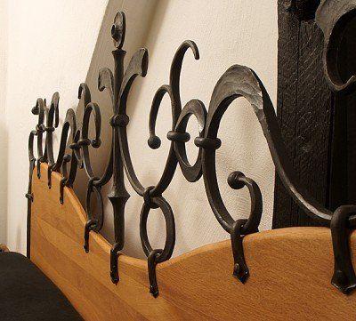 Doppelbett aus handgeschmiedeten Stahl und Holz - Detail