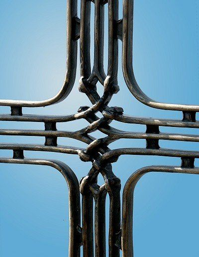 Kreuz aus Schmiedebronzegeschmiedet - Detail