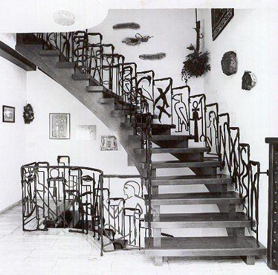Treppengeländer - ägyptischen Schriftzeichen
