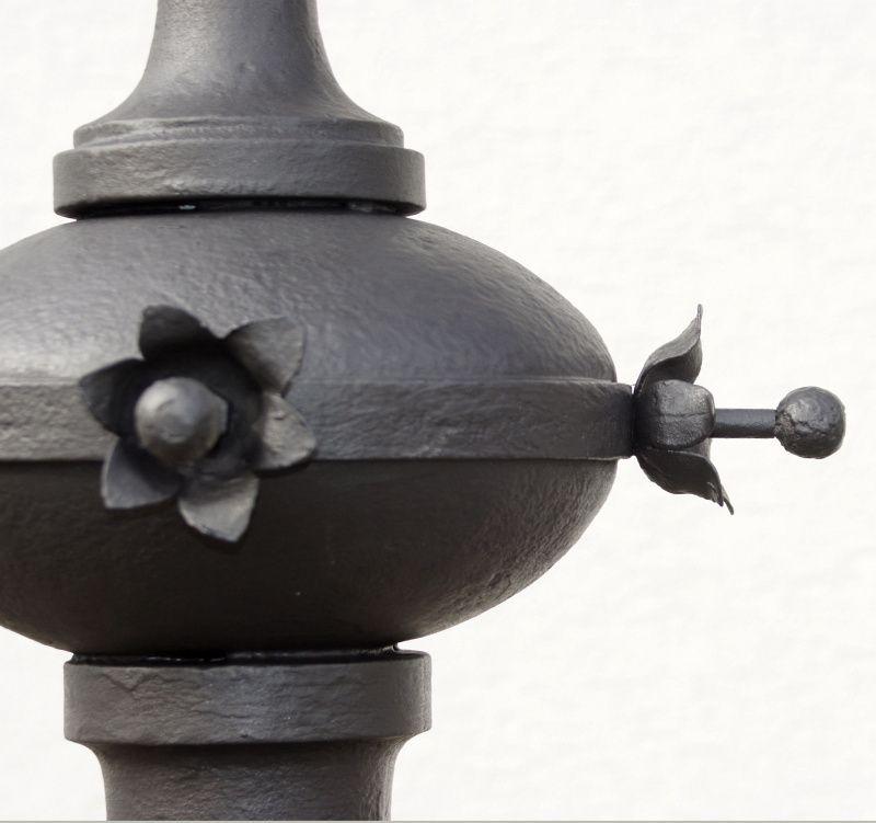 Stele - Restaurierung - Gusseisern - Restauriert