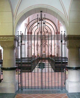 Siegen, St Michael - Trenngitter - Gitter - Abschlussgitter - beschränkter Zugang